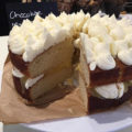 Cafe  lemon cake