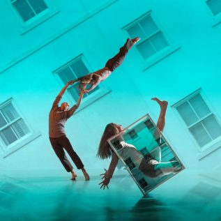 Motionhouse - Nobody, landscape image version credit Chris Nash- website view
